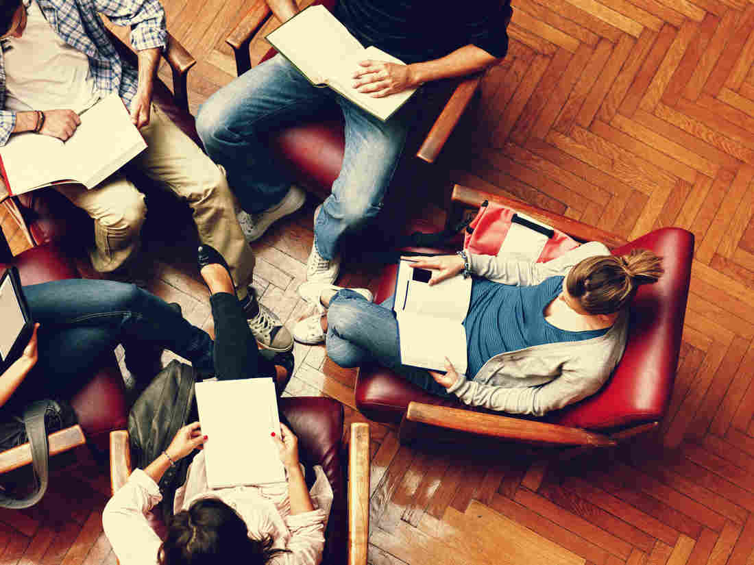 7 tips for surviving your first term at university